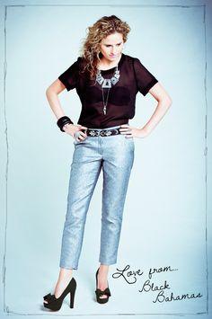 In 2008 richt Ellen Snijder in het kader van haar afstudeeropdracht Fashionchick op. #Fashionchick is uitgegroeid tot een online platform met 530.000 unieke maandelijkse bezoekers en zo'n 500 aangesloten webshops.