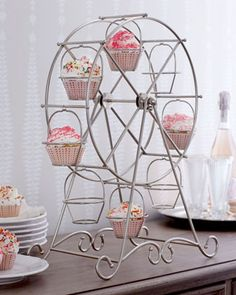 Ferris wheel cupcake holder...adorable!