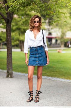 363309e9fdb Find this Pin and more on  STREET STYLE  by Lia Souza.