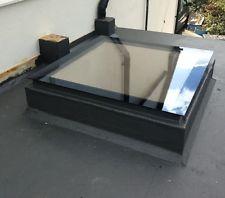 Skylight Flat Roof Rooflight Triple Glazed Self Clean Glass 600x600mm +Kerb