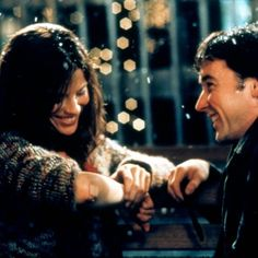 Serendipity – A Whimsical RomCom about Destiny and finding your soulmate starring Kate Beckinsale (A&E's Emma) and John Cusack. Snow Movie, Movie Tv, Movie List, All Meme, Larry Wilcox, Romantic Movie Quotes, Chick Flicks, Movie Couples, Famous Couples