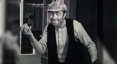 Ernest T. Bass - infamous for throwing rocks through windows and creating havoc in the relatively quiet Town of Mayberry. The Andy Griffith Show Great Tv Shows, Old Tv Shows, Movies And Tv Shows, Sid Caesar, Don Knotts, The Andy Griffith Show, The Older I Get, I Love My Dad