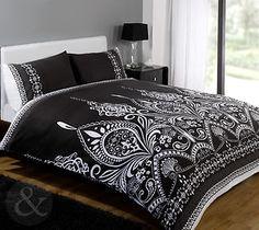 Duvet Quilt Cover Sets with Pillowcases Bedding Bed Linen Stripes or Floral Black Duvet Cover, White Duvet Covers, Bed Covers, Bed Linen Sets, Duvet Sets, Quilt Bedding, Linen Bedding, Tartan, Dream Bedroom