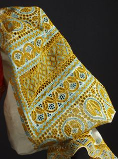 IE (romanian traditional blouse) detail