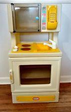 Vintage Little Tikes Kitchen Playset Microwave Sink Stove Phone Child Sized Microwave In Kitchen, Kitchen Appliances, Stove Oven, Little Tikes, Childhood Toys, Vintage Kitchen, Nostalgia, Sink, Memories