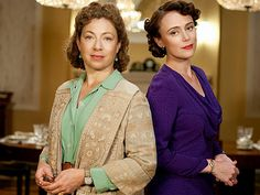 Alex Kingston and Keeley Hawes in Upstairs Downstairs Little Dorrit, Alex Kingston, Show Must Go On, Vintage Tv, Period Dramas, Jane Austen, Great Movies, Bbc, Theatre