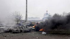 UKRAINE-KRIEG Große Koalition erwägt neue Russland-Sanktionen Wie soll der Westen auf die Angriffe in der ukrainischen Stadt Mariupol reagieren? Sicherheitspolitiker befürworten weitere Sanktionen gegen Russland. VON TINA HILDEBRANDT UND STEFFEN DOBBERT