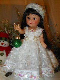 Christmas dress, ornament and headband for 7 to 8 inch dolls. Ginny Muffy, Madam Alexander