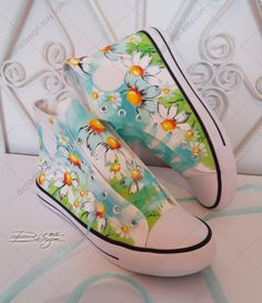 Daisies Hi Tops, Hand Painted Hi-Tops, Floral High Tops, Daisy Sneakers, Daisy Flower Shoes - Daisies Hi Tops Hand Painted Hi-Tops Floral High Tops Daisy Painted Canvas Shoes, Custom Painted Shoes, Painted Sneakers, Hand Painted Shoes, Painted Clothes, Custom Shoes, Top Shoes, Me Too Shoes, Flower Shoes