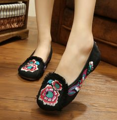 Chinese Embroidery  Shoes Woman Denim Flat Heel With Embroidery Soft Sole Floral Casual Shoes SMYXHX-B0044