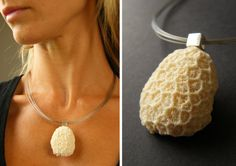 CORAL PENDANT  Handmade  Beautiful pendant made of white Coral, white, in polished silver part (925)  Size of the Corall: ca. 43 mm x 30 mm  Colour: white, creme With neck ripe (45, 50 or 55 cm)  Offered is the pendant illustrated  Sending as a gift with airmail and tracking number  - beautiful and elegant