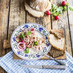 Bavorský šalát Bread, Cookies, Vegetables, Food, Crack Crackers, Brot, Biscuits, Essen, Vegetable Recipes
