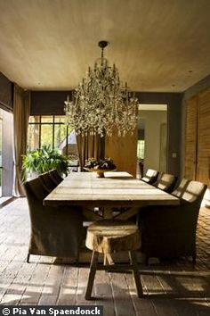 a way of looking at and moving through life. Home Beautiful Dining Rooms, Beautiful Kitchens, Pretty Things, Dining Area, Dining Table, House Made, Rustic Elegance, French Country Decorating, Dream Decor