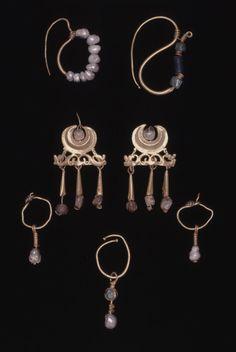 ROMAN Ear-ring British Museum