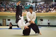 Aikido of Hilo | NEWS & EVENTS www.aikidoofhilo.org  Winter Camp 2015: Waka Sensei
