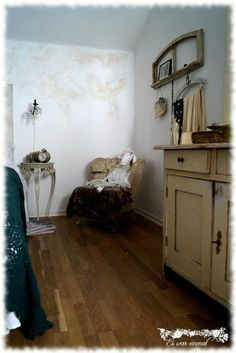 Es war einmal Shabby Style, Shabby Chic, Entryway Tables, Vintage, Furniture, Home Decor, Old Furniture, Kid Furniture, Bedrooms