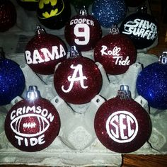 3 University of Alabama Ornaments by CraftedFromJoy on Etsy (Diy Ornaments Sports) Alabama Crafts, Alabama Wreaths, Great Christmas Gifts, Christmas Bulbs, Christmas Crafts, Christmas Ideas, Alabama Crimson, Crimson Tide, Sweet Home Alabama