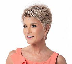 Short Hair Over 60, Natural Hair Short Cuts, Shaggy Short Hair, Short Sassy Haircuts, Short Choppy Hair, Short Thin Hair, Short Grey Hair, Short Hair Older Women, Short Hair With Layers