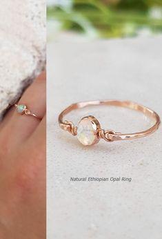 Natural Ethiopian Opal Ring,White Opal Ring,Rose Gold Opal Ring,Opal Gold Ring,Wire Wrapped Ring,Dainty Opal Ring,Gemstone Ring,White Ring