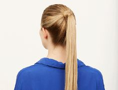 These office hairstyles are super easy and will make you look smart and neat. Easy Updo Hairstyles, Daily Hairstyles, Classic Hairstyles, Everyday Hairstyles, Interview Hairstyles, Office Hairstyles, High Ponytail Styles, Medium Hair Styles, Short Hair Styles