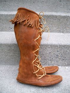eaeee89bd Vintage Minnetonka Moccasin Leather Womens Tall Fringe Boots Size 7 Made in  USA