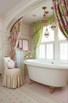 Love the curtains hidden behind trim on the ceiling! The pendant lighting is lovely too