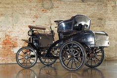 "1901 BENZ IDEAL 7HP TWIN CYLINDER ""CONTRA-MOTOR"" VIS-À-VIS Est. $150,000-$200,000"