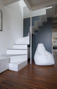 Staircase. Bean bag SACCO by @zanotta #design Cesare Paolini, Franco Teodoro, Piero Gatti