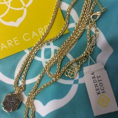 ‼️Brand New Oliver Platinum Drusy Gold Necklace Brand New w/Tags never worn!!!! Kendra Scott Oliver Platinum Drusy 14kt gold over brass Necklace. Stunning layering necklace too. No trades no merc Kendra Scott Jewelry Necklaces