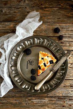 Blackberries pie - Crostata di more
