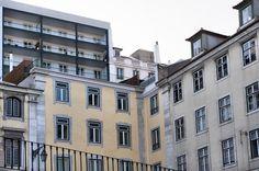 Lisboa - Baixa #Lisboa #Baixa The Neighbourhood, Hunting, Multi Story Building, Home, Modern, Lisbon, The Neighborhood, House, Ad Home