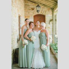 Vestidos para damas-de-honor em tons pastel. #casamento #damasdehonor #madrinhas #vestidos #pastel #verde