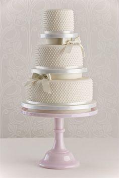 pearl-beau-wedding-cake