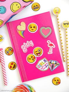 Easy and cute DIY ideas for personalizing school supplies! - BirdsParty.com @birdsparty