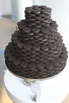 Great idea for a kids dessert table.   Oreo Stack