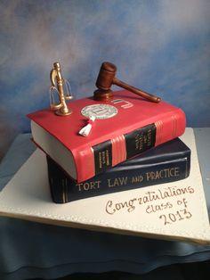 2013 Graduation Cake - http://www.cakedesignsbyedda.com/
