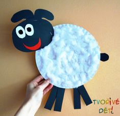 Ovečka z papírového talíře - velikonoční tvoření Preschool, Kids Rugs, Home Decor, Feltro, Easter Activities, Decoration Home, Kid Friendly Rugs, Room Decor, Kid Garden