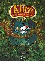 Alice nel paese delle scimmie - Nicolas Keramidas è un disegnatore portentoso, dal talento immenso. Con la sceneggiatura del divertentissimo Fred Tebo, illustra un'inedita versione del personaggio di Alice, sperduta in una spassosissima giungla. I disegni di questo volume sono così straordinari che oltre alla normale versione a colori il volume comprende tutte le tavole in bianco e nero, con il segno della matita blu ancora visibile. Strabilierete. E riderete come matti, anzi... come…