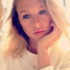 #ITGTopShelfie: Julia Stone, Makeup Artist