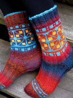 Ravelry: Fairground pattern by Ilga Leja Latvian fusion Wool Socks, Knitting Socks, Hand Knitting, Knitting Patterns, Cute Socks, Garter Stitch, Sock Shoes, Knit Crochet, Ravelry