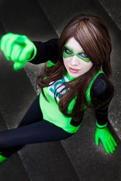 We shared Green Lantern last week, and for every male cosplayer we found, we also found two to three female cosplayers. Dc Cosplay, Best Cosplay, Cosplay Girls, Cosplay Costumes, Halloween Costumes, Green Lantern Corps, Green Lantern Costume, Green Lanterns, Amazing Cosplay