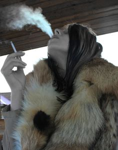 Smoking girls are sexier!