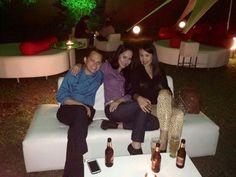 Anoche en el Ganden Lounge de #CiudadJardin con Eli y Karime Prado.