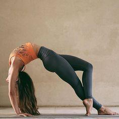 Your practice is the daily gift you give yourself. #yoga Photo by @azkosber Wearing @aloyoga #aloyoga #beagoddess