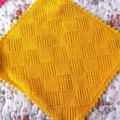 Baby Knitting Patterns, Crochet Bikini, Art Nouveau, Diy And Crafts, Mens Fashion, Blanket, Baby Afghans, Crochet Squares, Tejidos