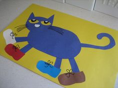 ♪ I love my red shoes...♪  You know you are singing it too... I love reading about Pete The Cat on the first day of school :)
