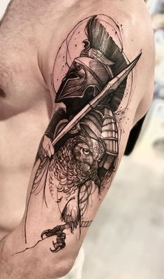 40 Tatuagens de gladiadores sensacionais para se inspirar - Fotos e Tatuagens Full Arm Tattoos, Forearm Tattoo Men, Leg Tattoos, Black Tattoos, Body Art Tattoos, Sleeve Tattoos, Tattoos For Guys, Owl Tattoo Design, Tattoo Sleeve Designs