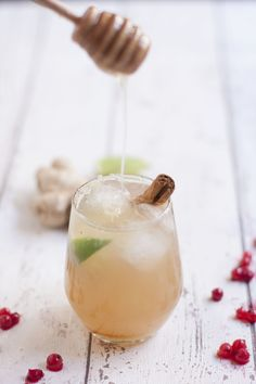 Ginger honey cocktail | Nourish and Inspire Me #food #drink #cocktails