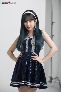 "Gfriend Poster Photoshoot for ""Season of Gfriend Encore"" Cr: Source Music Kpop Girl Groups, Korean Girl Groups, Kpop Girls, Jung Eun Bi, G Friend, Beautiful Asian Girls, South Korean Girls, Girl Photos, Idole"