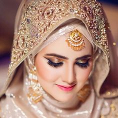 Bridal Hijab Styles, Bridal Dresses, Hijab Fashion, Fashion Dresses, Crown, Bride, Buns, Jewellery, Vestidos